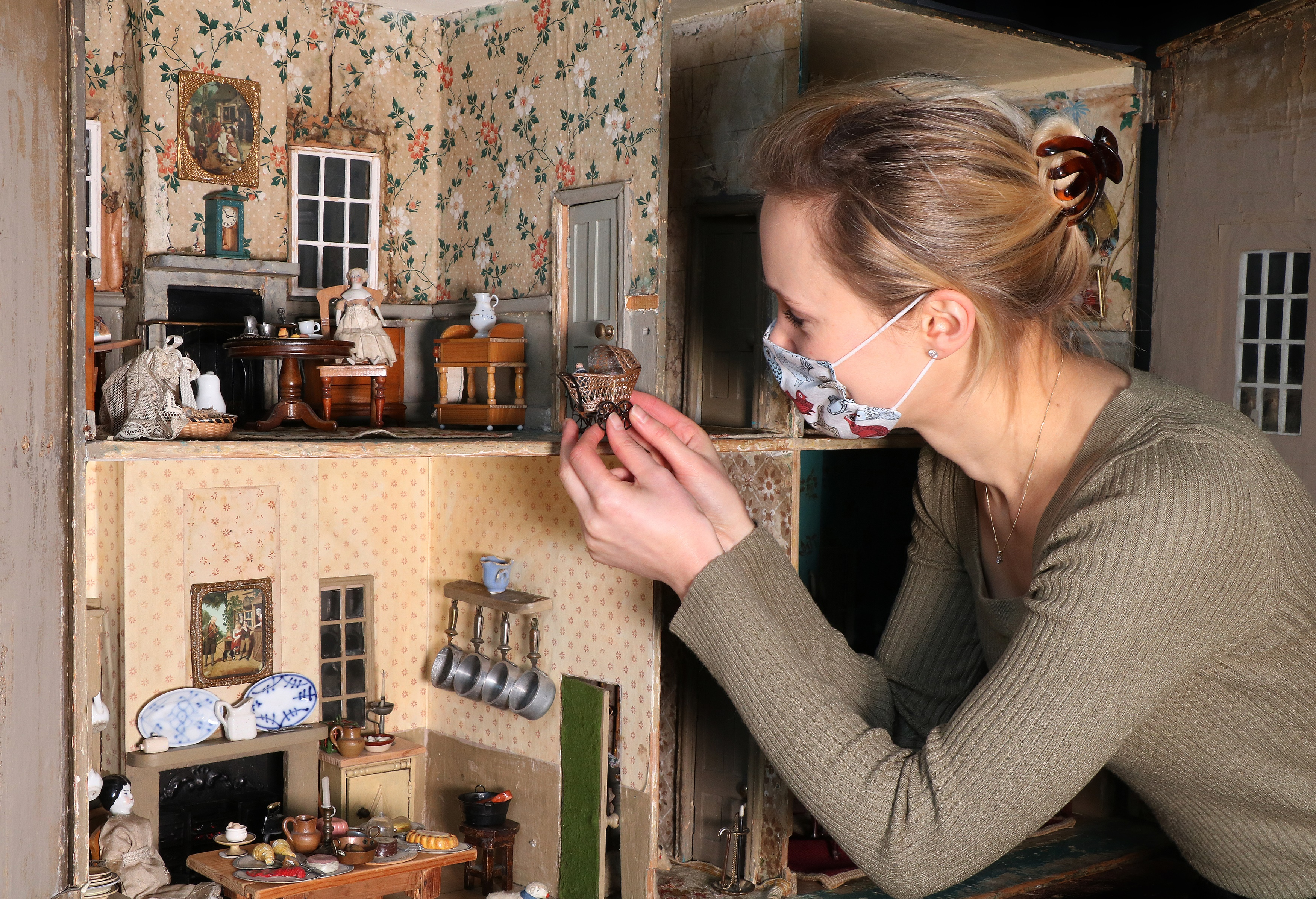 Evangeline Harrison Doll's House