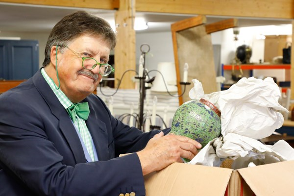 Tim Wonnacott unpacks collection at Sworders Fine Art Auctioneers
