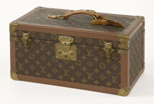 178 - A Louis Vuitton hinged vanity case