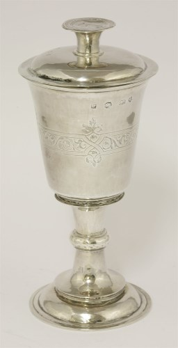 196 - An Elizabeth I silver chalice and paten