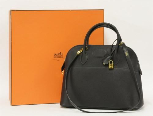 387 - An Hermès Paris 'Bolide' navy handbag