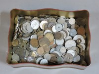Lot 99 - A quantity of world coins