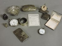 Lot 77 - Assorted silver