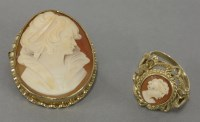 Lot 20 - A 9ct gold shell cameo brooch