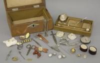 Lot 49 - A jewellery box