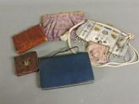 Lot 87 - An early 20th century beadwork evening bag