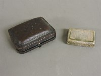 Lot 80 - An early 19th century silver snuff box