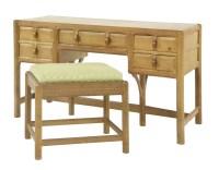 Lot 98 - A Gordon Russell oak dressing table