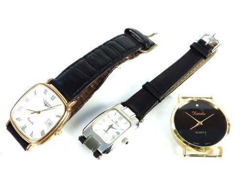 Lot 31-A gold plated gentleman's Longines quartz strap watch