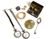 Lot 84 - A collection of jewellery