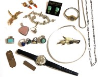 Lot 75 - A collection of costume jewellery