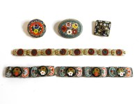 Lot 90 - A collection of costume jewellery