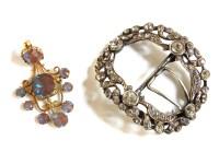 Lot 54 - An early 19th century gilt metal saphiret paste  stone pendant