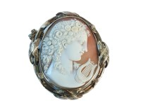 Lot 10-A Victorian gold mounted shell cameo brooch