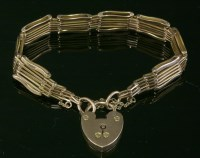 Lot 98 - An Edwardian gold