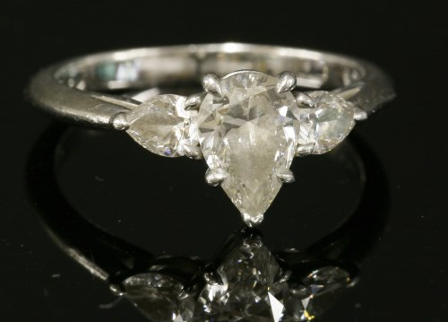 Lot 322 - A platinum three stone diamond Tiffany ring