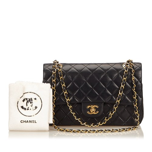 Lot 1040-A Chanel classic medium lambskin double flap shoulder bag