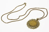 Lot 25-A 1913 sovereign in a 9ct gold claw set mount