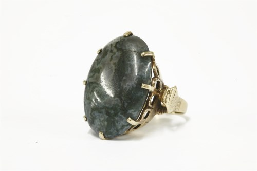 Lot 8-A 9ct gold single stone agate cabochon ring