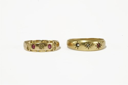 Lot 13-A 15ct gold ruby and pearl ring