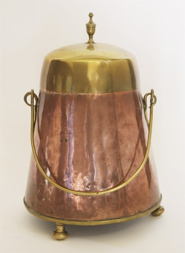 Lot 94 - A Dutch coppered and brass lidded 'doofpot' (ash can)