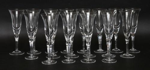 Lot 36 - A set of eighteen modern champagne flutes