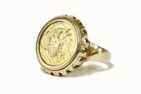 Lot 80 - A 1901 half sovereign in a 9ct gold ring mount 10.54g
