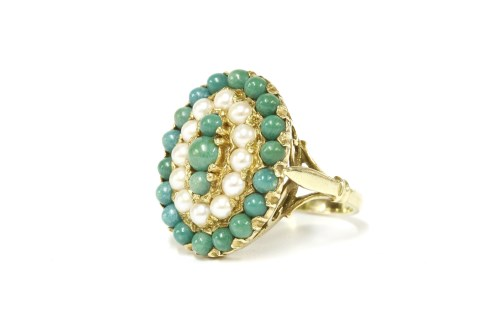 Lot 4-A 14ct gold stained howlite and cultured pearl cluster ring