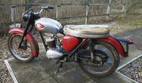 Lot 4-BSA Bantam D7 175 (believed to be 1961) motorcycle