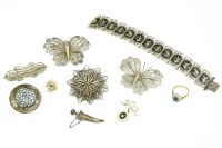 Lot 57 - A collection of costume jewellery