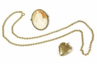 Lot 32 - A 9ct gold belcher chain necklace