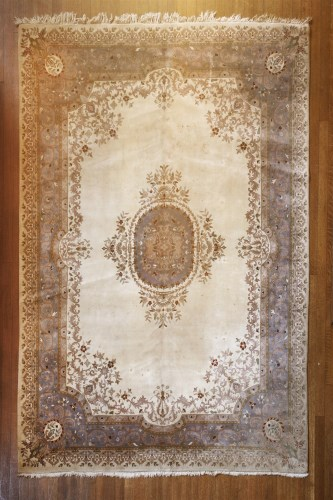 Lot 320-A modern Indian carpet