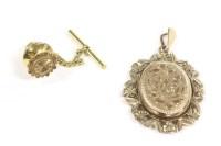 Lot 31-A 9ct gold oval locket