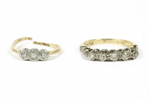 Lot 19-A gold five stone diamond ring