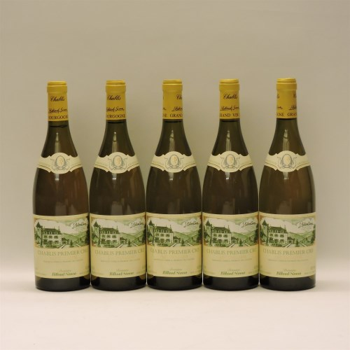Lot 16-Assorted White Wines to include: Chablis