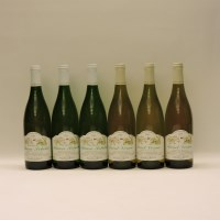 Lot 18-Assorted White Wines to include three bottles each: Le Clos Mâcon-Solutré