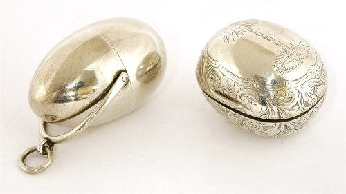 Lot 57-A George III silver nutmeg grater