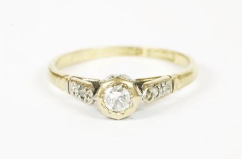Lot 3-A gold single stone diamond ring