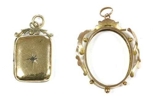 Lot 17-A 9ct gold picture frame