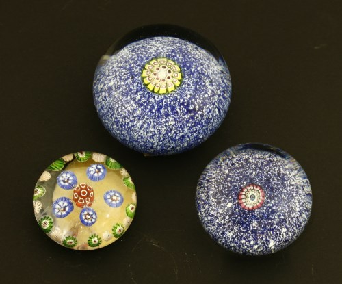 Lot 398 - Three St Louis paperweights