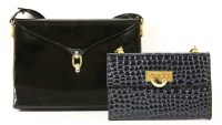 Lot 1009-An Aquascutum black patent handbag