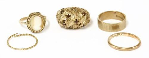 Lot 14-Five assorted gold rings