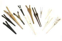 Lot 90 - A collection of glove stretchers