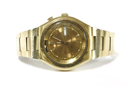 Lot 6-A gentlemen's gold tone stainless steel Seiko Bell Matic automatic bracelet watch