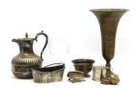 Lot 114 - A collection of mixed silver