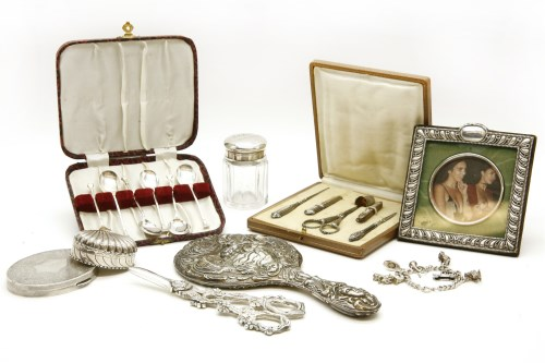 Lot 73-A small silver compact