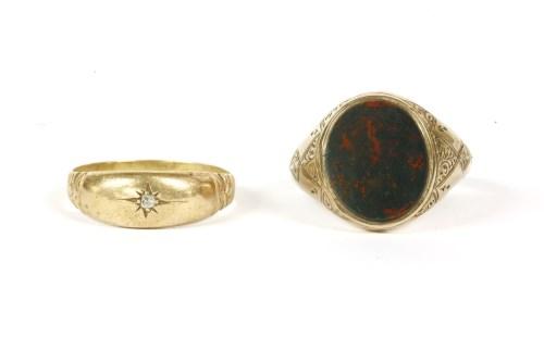 Lot 17-A gentlemen's 9ct gold bloodstone signet ring