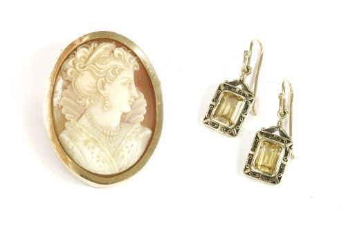 Lot 1-A Continental gold carved shell cameo brooch