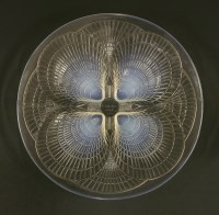 Lot 268-A Lalique 'Coquilles' opalescent glass dish