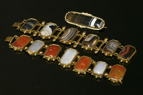 Lot 15-A gilt metal agate panel bracelet